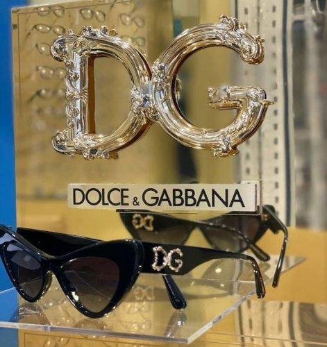dolce-gabbana-occhiali-da-sole-donna-collezione-primavera-estate-2021