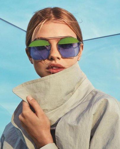emporio-armani-occhiali-da-sole-donna-collezione-primavera-estate-2019