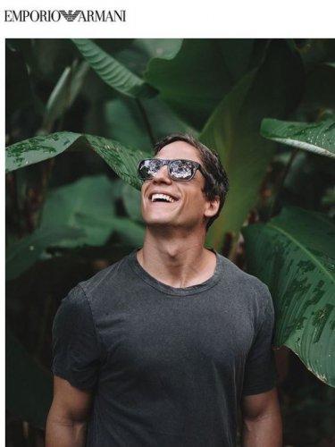 emporio-armani-occhiali-da-sole-uomo-collezione-primavera-estate-2021