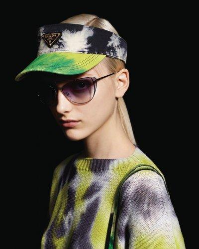 prada-occhiali-da-sole-donna-collezione-primavera-estate-2019