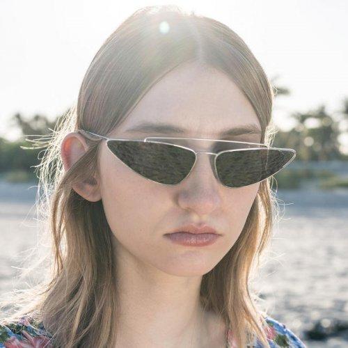 prada-occhiali-da-sole-donna-primavera-estate-2018