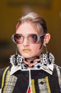prada-occhiali-da-sole-ecco-la-nuova-collezione-primavera-estate-2016