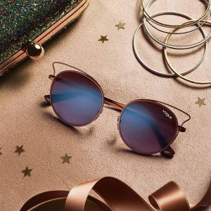 vogue-occhiali-da-sole-donna-collezione-autunno-inverno-2017-2018