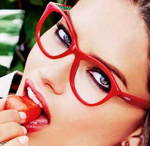 Vogue: Occhiali da vista primavera-estate 2016